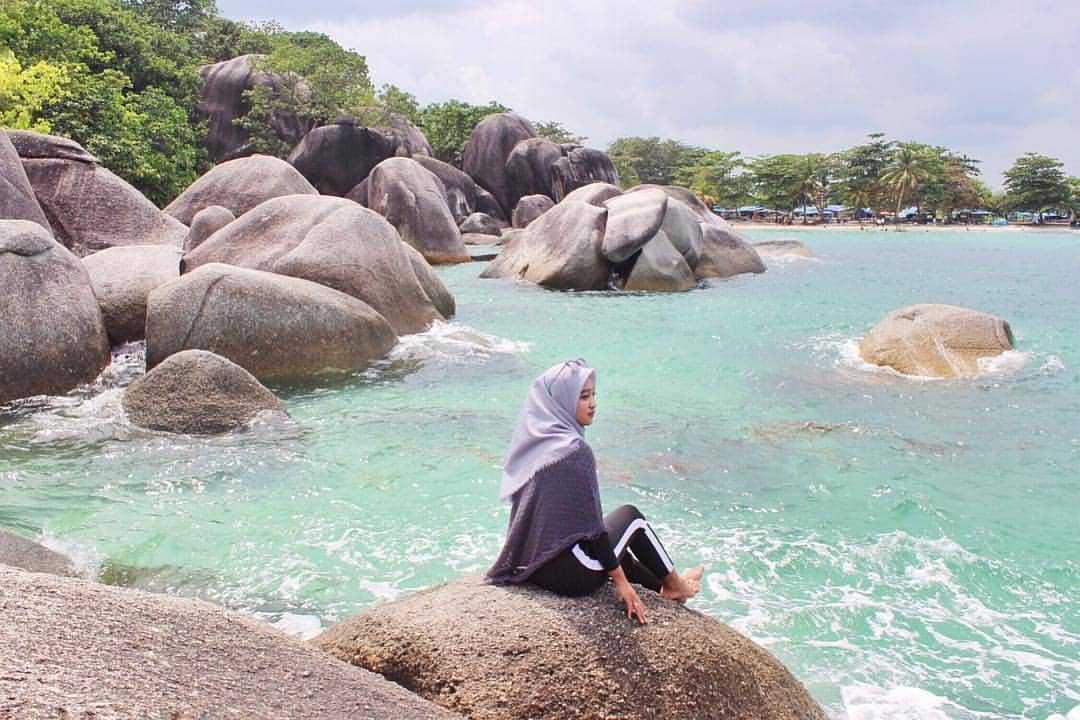 Pantai Tanjung Tinggi Uluh Uluh